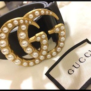 Beautiful brand new pearl Gucci belt size 90cm